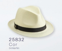 7240 - CHAPÉU FEDORA SHANTUNG MARFIM C/ FAIXA PRETA